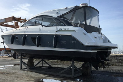 Beneteau Gran Turismo 38 for sale in France for €165,000 (£142,050)