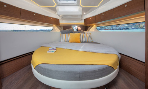 Image of Jeanneau Merry Fisher 1095 for sale in France for €226,900 (£197,227) GRANVILLE, , France