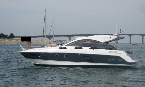 Image of Beneteau Gran Turismo 38 for sale in France for €165,000 (£143,201) La Rochelle, , France
