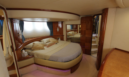 Image of Azimut Yachts 62 for sale in Greece for €465,000 (£400,952) GLYFADA, , Greece