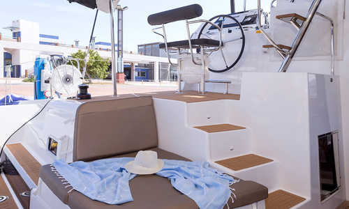 Image of Lagoon 42 for sale in Greece for €350,000 (£301,314) GLYFADA, , Greece