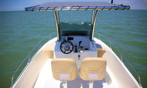 Image of Ocqueteau 700 OSTREA T TOP for sale in United Kingdom for £63,995 Maldon, , United Kingdom