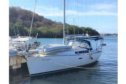 Beneteau Oceanis 37 for sale in Saint Vincent and the Grenadines for $98,900 (£70,475)