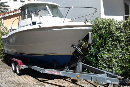 Beneteau Antares 620 Ib for sale in France for €17,000 (£14,617)