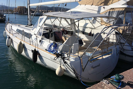 Beneteau Oceanis 45 for sale in France for €290,000 (£251,250)