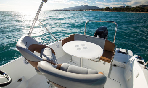 Image of Beneteau Flyer 6 Spacedeck for sale in France for €41,000 (£35,297) ANTIBES, , France