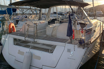 Beneteau Oceanis 45 for sale in France for €200,000 (£173,276)