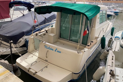 Ocqueteau 815 for sale in France for €40,000 (£34,436)