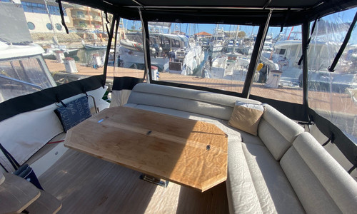 Image of Beneteau Gran Turismo 50 Sportfly for sale in France for €699,000 (£607,588) Frejus, , France