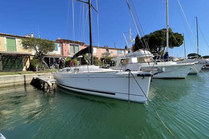 Beneteau First 34.7 for sale in France for €58,000 (£50,354)