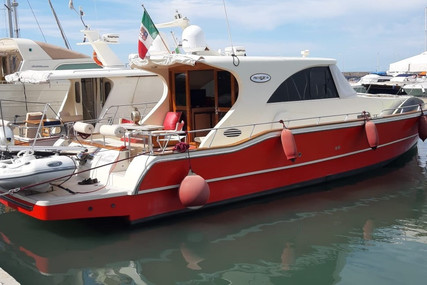 Premier 51 for sale in Italy for €220,000 (£190,012)
