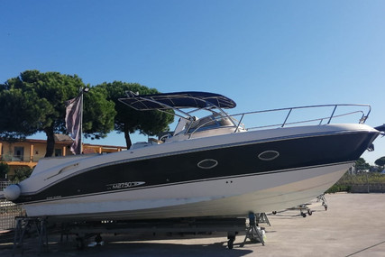 Manò Marine 27.50 for sale in Italy for €68,000 (£59,121)
