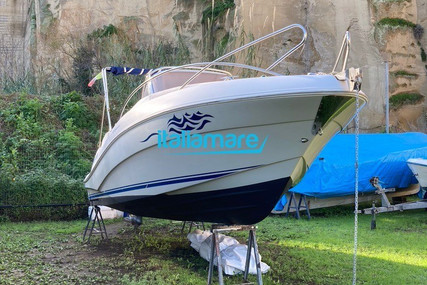 Quicksilver 635 Commander for sale in Italy for €24,700 (£21,499)