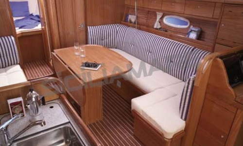 Image of Bavaria Yachts 37 Cruiser for sale in Italy for €60,000 (£52,165) Mar Tirreno, Mar Tirreno, , Italy