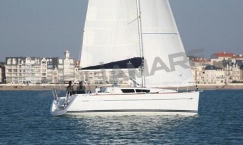 Image of Jeanneau Sun Odyssey 33i for sale in Italy for €78,000 (£66,568) Mar Tirreno, , Italy