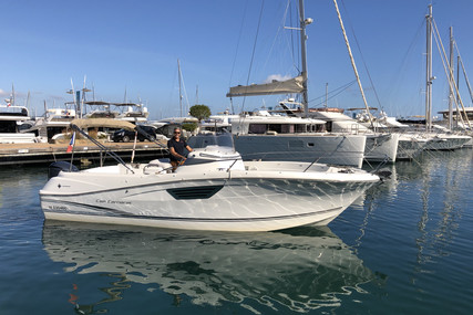 Jeanneau Cap Camarat 8.5 CC for sale in France for €49,500 (£42,875)