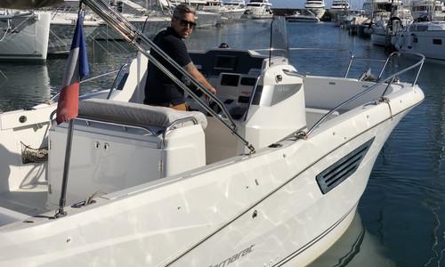 Image of Jeanneau Cap Camarat 8.5 CC for sale in France for €49,500 (£42,561) Cannes Mandelieu, France