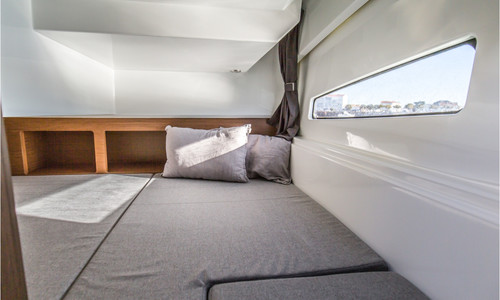 Image of Beneteau Antares 9 for sale in Portugal for €96,475 (£82,950) Parchal, Parchal, , Portugal
