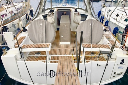 Beneteau Oceanis 35.1 for sale in Italy for €135,000 (£116,405)