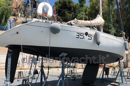 Beneteau First 35S5 for sale in Italy for €31,000 (£26,710)