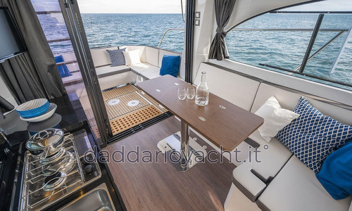 Image of Beneteau Antares 11 for sale in France for €140,200 (£120,344) France