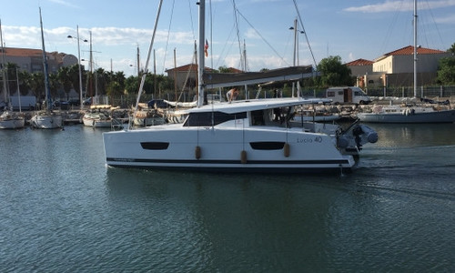 Image of Fountaine Pajot Lucia 40 for sale in Spain for €364,399 (£315,707) Spain