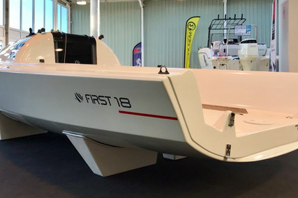Beneteau First 18 for sale in France for €28,900 (£24,880)