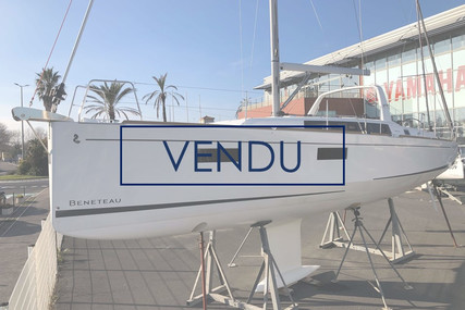 Beneteau Oceanis 38.1 for sale in France for €151,920 (£130,221)