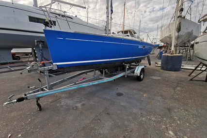 Beneteau First 210 Spirit for sale in France for €9,000 (£7,755)
