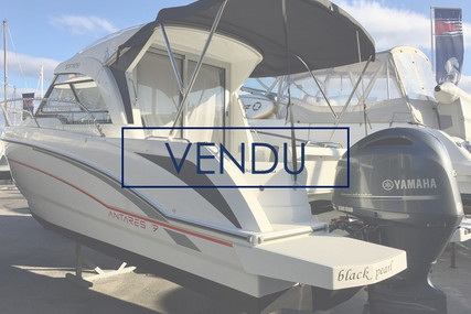 Beneteau Antares 7 OB for sale in France for €50,000 (£43,111)