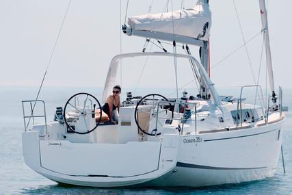 Beneteau Oceanis 35.1 for sale in France for €126,480 (£109,059)
