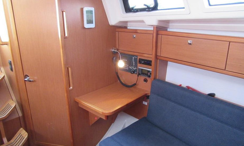 Image of Bavaria Yachts 33 Cruiser for sale in Germany for €82,000 (£69,761) Breege, , Germany
