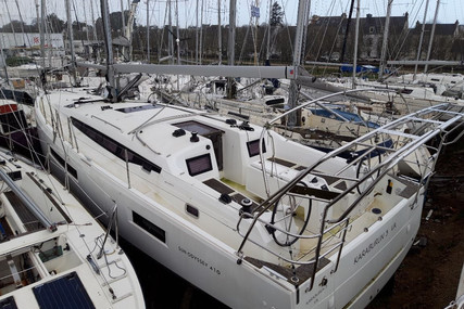Jeanneau Sun Odyssey 410 for sale in France for €250,000 (£216,538)