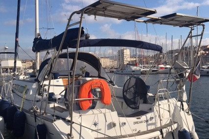 Jeanneau Sun Odyssey 42i for sale in France for €105,000 (£90,394)
