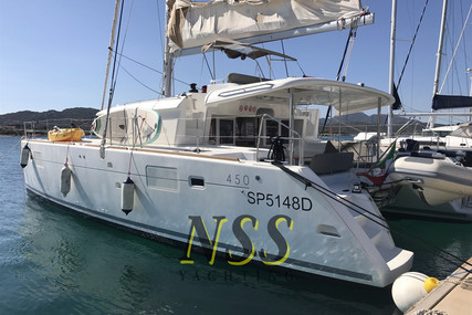 Lagoon 450 for sale in Italy for €380,000 (£329,138)