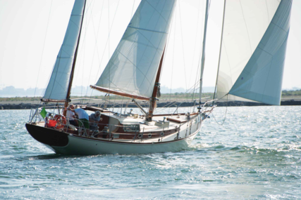 Sangermani YAWL 54 for sale in Italy for €290,000 (£251,771)