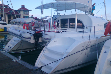 Lagoon 380 for sale in Sierra Leone for €250,000 (£216,538)