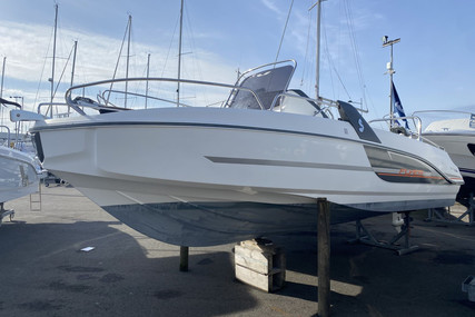 Beneteau Flyer 6.6 Spacedeck for sale in France for €29,900 (£25,905)