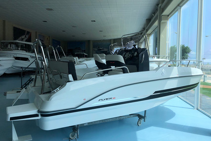 Beneteau Flyer 5.5 Spacedeck for sale in Spain for €36,990 (£32,047)