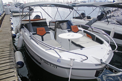 Beneteau Flyer 7.7 Sportdeck for sale in Spain for €55,800 (£48,331)