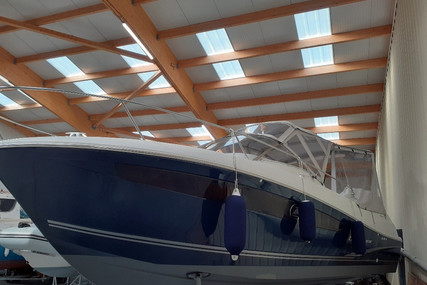 Jeanneau Cap Camarat 8.5 WA for sale in France for €85,000 (£73,292)