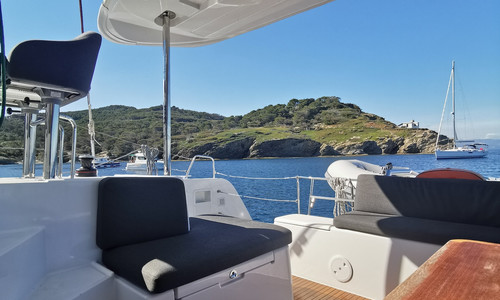 Image of Lagoon 40 for sale in France for €375,000 (£323,348) Saint-Raphaël, Saint-Raphaël, , France