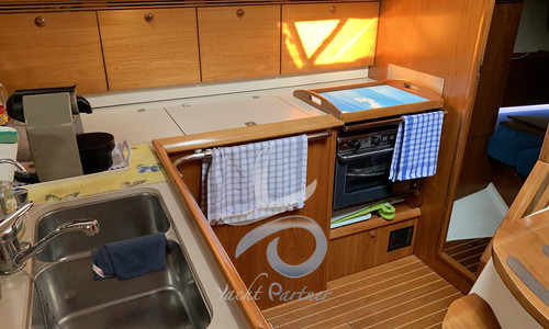 Image of Jeanneau Sun Odyssey 43 for sale in Italy for €100,000 (£87,039) Adriatico, Puglia, Adriatico, Puglia, , Italy