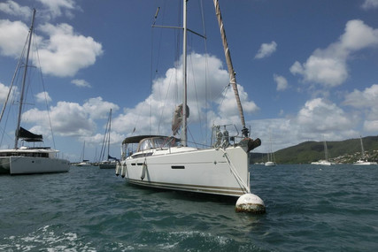Jeanneau Sun Odyssey 409 for sale in France for €75,000 (£65,061)