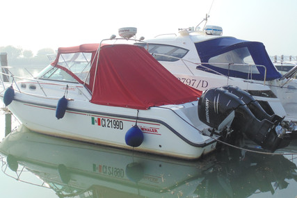 Boston Whaler Conquest 28 for sale in Italy for €75,000 (£64,567)