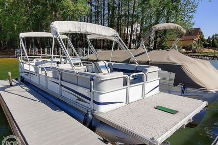 Crest 25 Pontoon for sale in United States of America for $14,750 (£10,760)