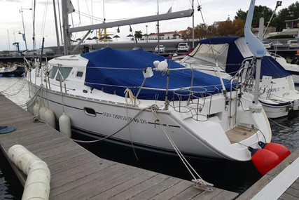 Jeanneau Sun Odyssey 40 DS for sale in Portugal for €80,000 (£69,579)