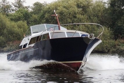 31 COX & HASWELL RAPIER 3100 POWER-BOAT for sale in United Kingdom for £34,500