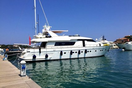 Sanlorenzo SL 82 for sale in France for €1,190,000 (£1,024,467)
