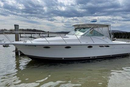 Tiara 3100 LE for sale in United States of America for $125,000 (£89,556)